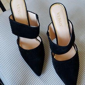 Venus heels NWOT size 10